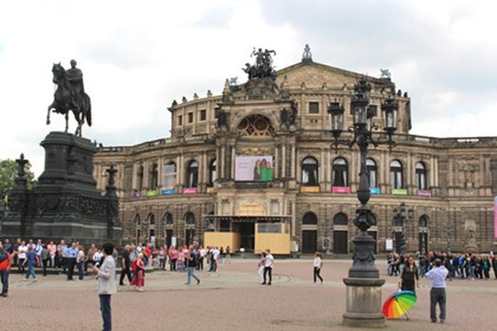 Quảng trường cổ tại Dresden