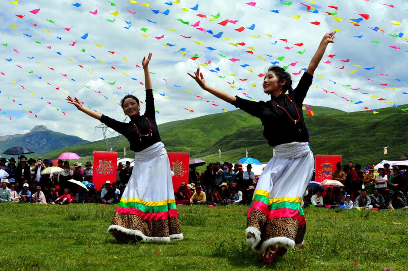 Shangri La – thiên đường bí mật còn có nền văn hóa đặc sắc của nhiều dân tộc khác nhau cùng sinh sống và đặc biệt là người Tạng.
