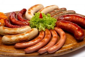 Thưởng thức ẩm thực nước Đức khi đi du lịch Châu Âu giá rẻ