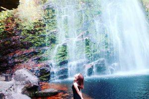 Ở thác nước Tình Yêu có rất nhiều góc ảnh đẹp mà du khách trong tour Sapa không nên bỏ qua