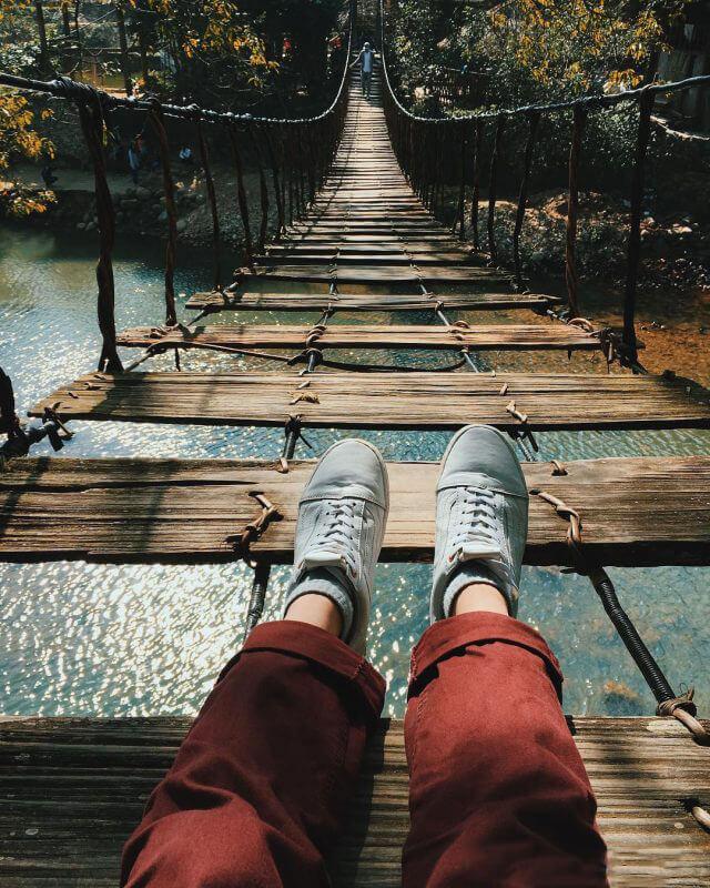 Cây cầu Mây ở huyện Tả Van là điểm tham quan không thể bỏ lỡ trong tour Sapa