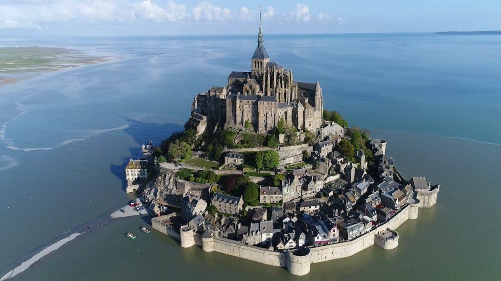 Mont Saint-Michel, Pháp
