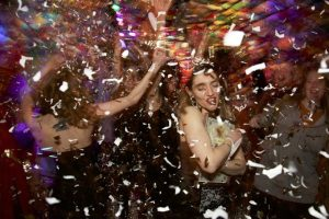 Ngày nào cũng được đón năm mới ở nước Nga tại quán bar Purga ở Saint Petersburg