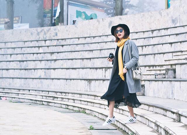 Tìm hiểu về thời tiết từng mùa trước khi du lịch Sapa, những vật dụng phải có là: mũ, khăn, áo khoác