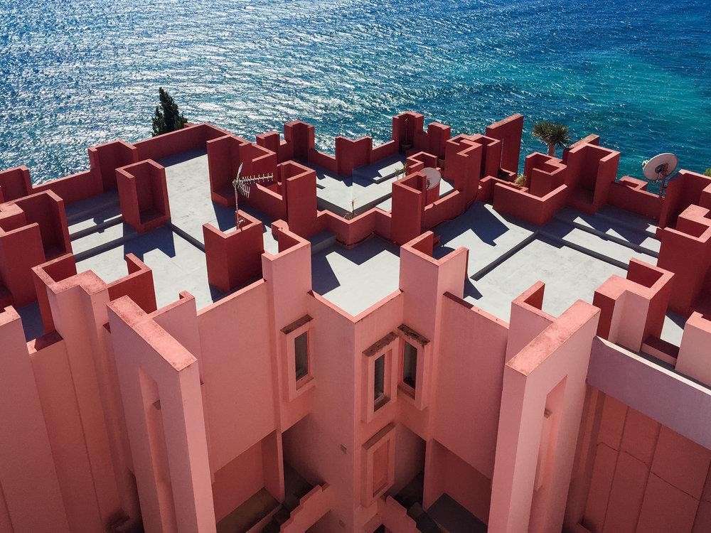 La muralla Roja Tây Ban Nha