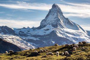 Chinh phục ngọn núi Matterhorn khi đi du lịch Châu Âu trọn gói