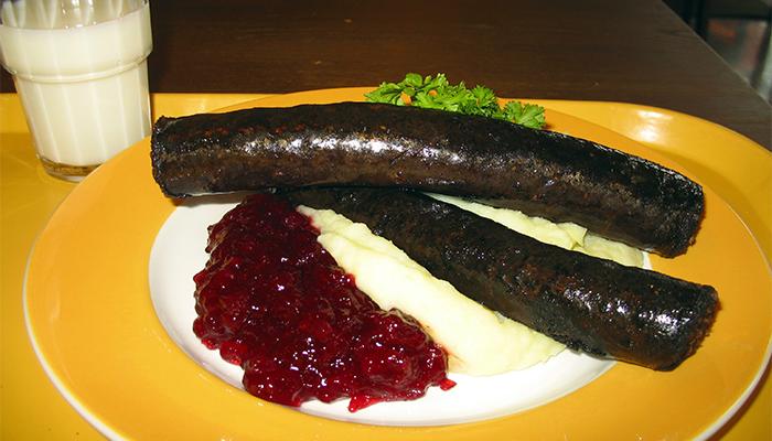 Mustamakkara là món ăn truyền thống nổi tiếng tại Phần Lan