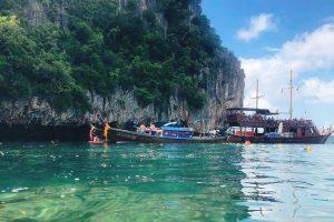 Khám phá đảo Koh Phi Phi trong tour du lịch Thái Lan 5n4d