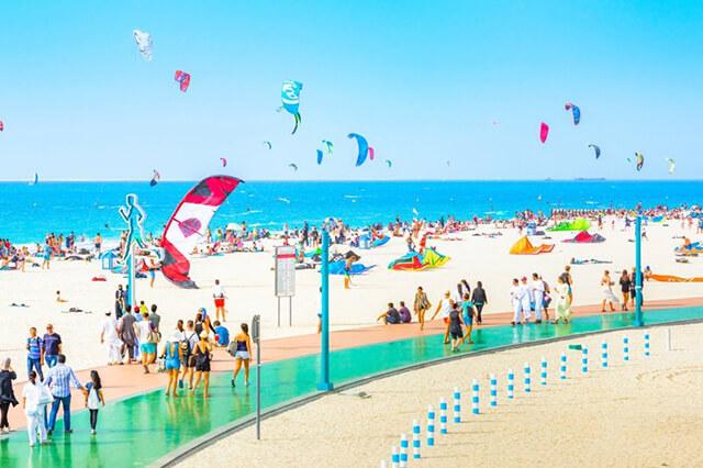Kite Beach là nơi thả diều yêu thích của người dân Dubai và du khách