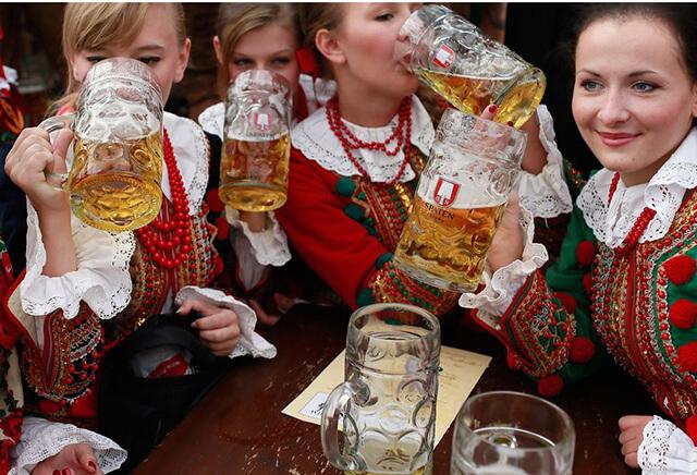Mãi tới năm 2011 chính phủ nước Nga mới xem bia là loại đồ uống có cồn