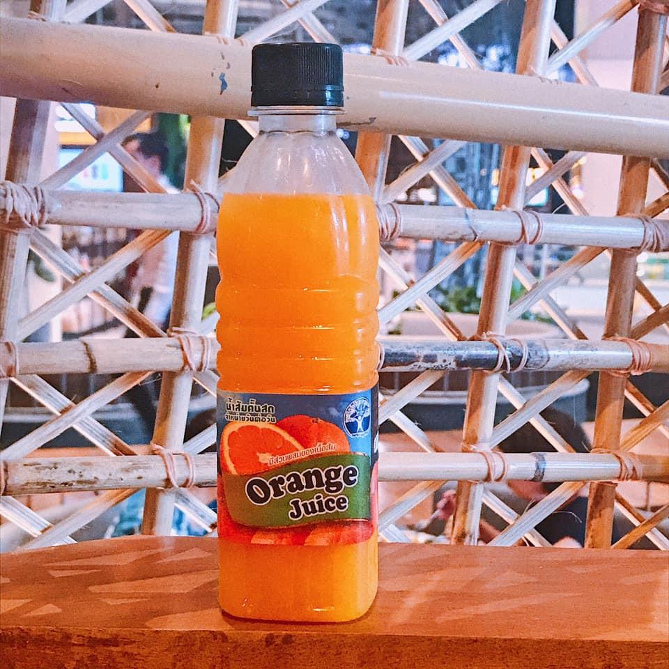 Nước cam thần thánh ở Thipsamai