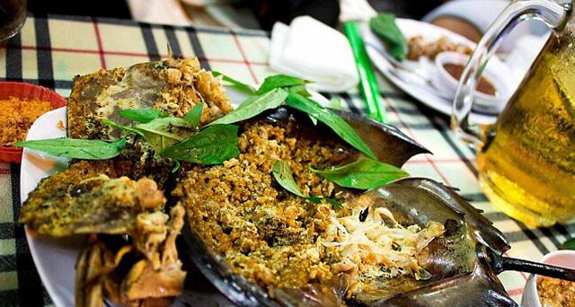 Món gỏi sam của người Thái được chế biến cầu kì, mới lạ