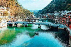 Tour du lịch Trương Gia Giới Phượng Hoàng cổ trấn 5N4D – Hotline: 0943.59.8288