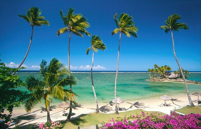 Bãi biển Coral Coast đẹp quyến rũ