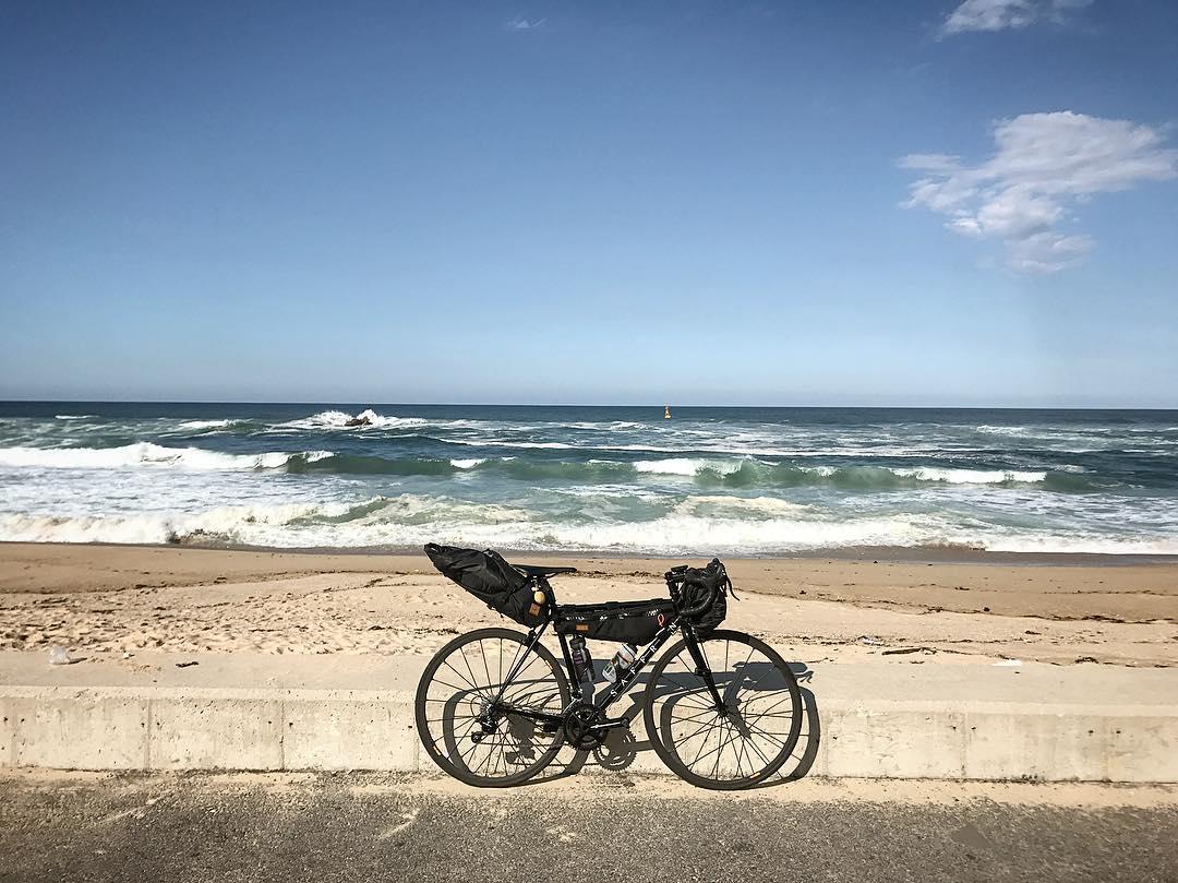 Đạp xe Sky Bike