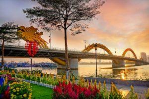 Đà Nẵng là điểm hẹn du lịch hấp dẫn với cả du khách trong nước và nước ngoài