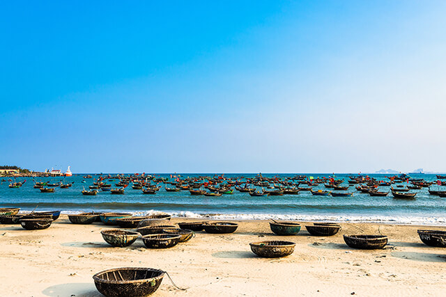 Biển Mỹ Khê Đà Nẵng được tạp chí Forbes bình chọn là một trong 6 bãi biển quyến rũ nhất hành tinh