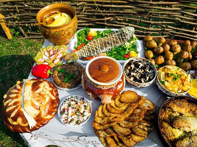 Ẩm thực Nga đa dạng, trù phú cả về nguyên liệu lẫn cách chế biến