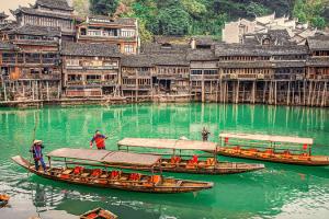 Sông Đà Giang– linh hồn của Phượng Hoàng cổ trấn