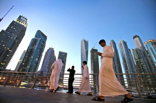 Đến Dubai bạn sẽ ít bắt gặp phụ nữ hơn là đàn ông