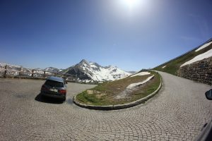 Cung đường trên núi Grossglockner High Alpine ở Áo
