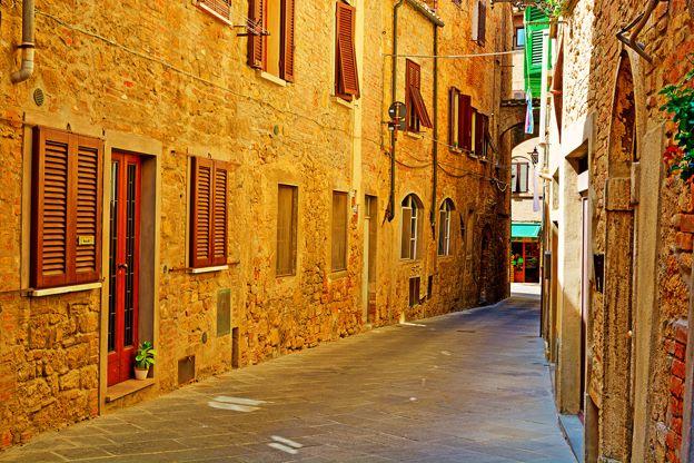 Thị trấn cổ Volterra nước Ý