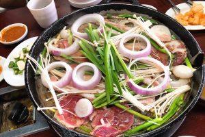Review món ăn Trung Hoa khi đi du lịch Trương Gia Giới-Phượng Hoàng cổ trấn