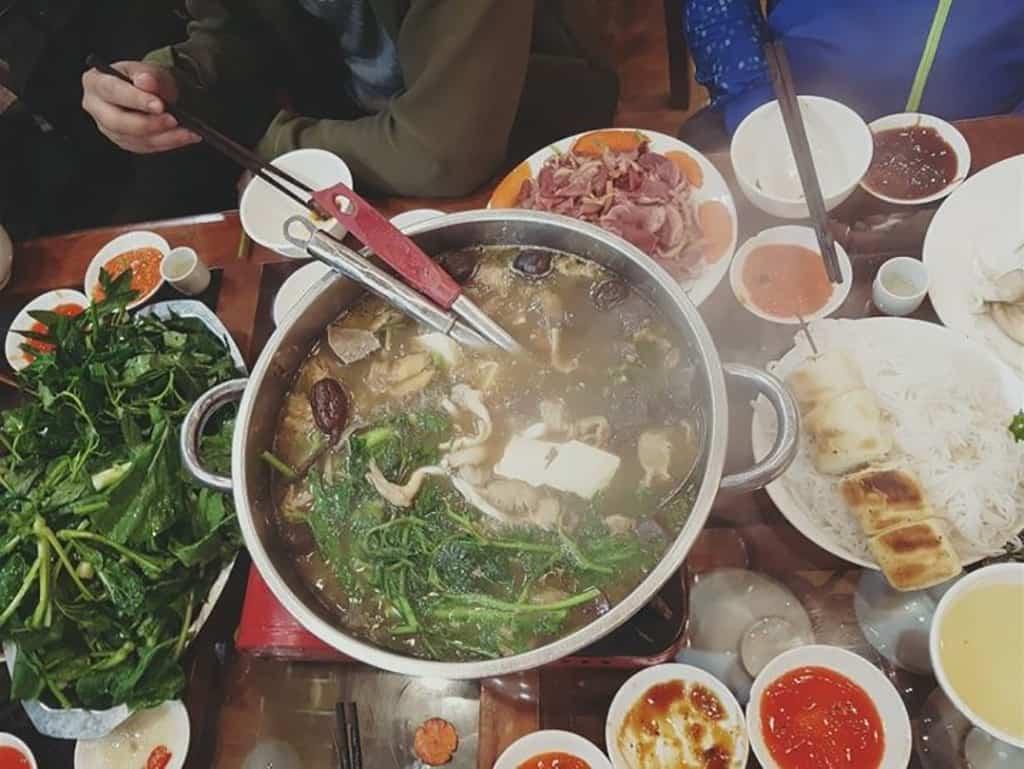 Hoa Trà Quán – Xiên và nướng