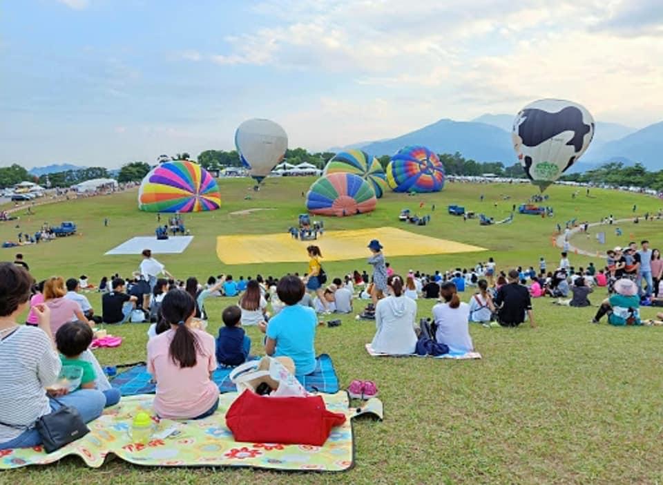 Các hoạt động vui chơi tại lễ hội kinh khí cầu