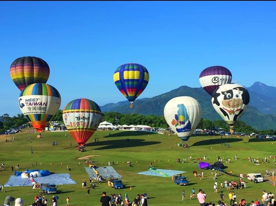 Cách đi đến lễ hội khinh khí cầu