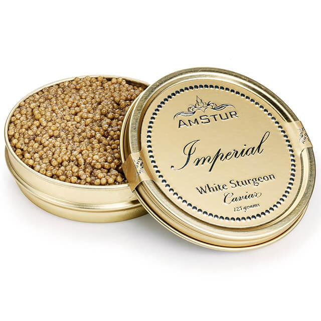 Trứng cá muối hoàng gia loại Imperial của Hãng AmStur có giá $7.915 cho một hộp thiếc 1 kg