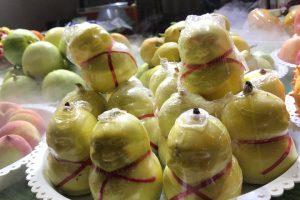 Review một số bánh kẹo, trái cây nên mua khi đi tour Phượng Hoàng cổ trấn