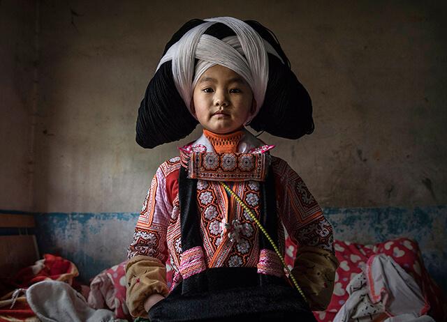 Chiếc mũ tết từ tóc của tổ tiên và len sẽ được lưu truyền từ thế hệ này sang thế hệ khác