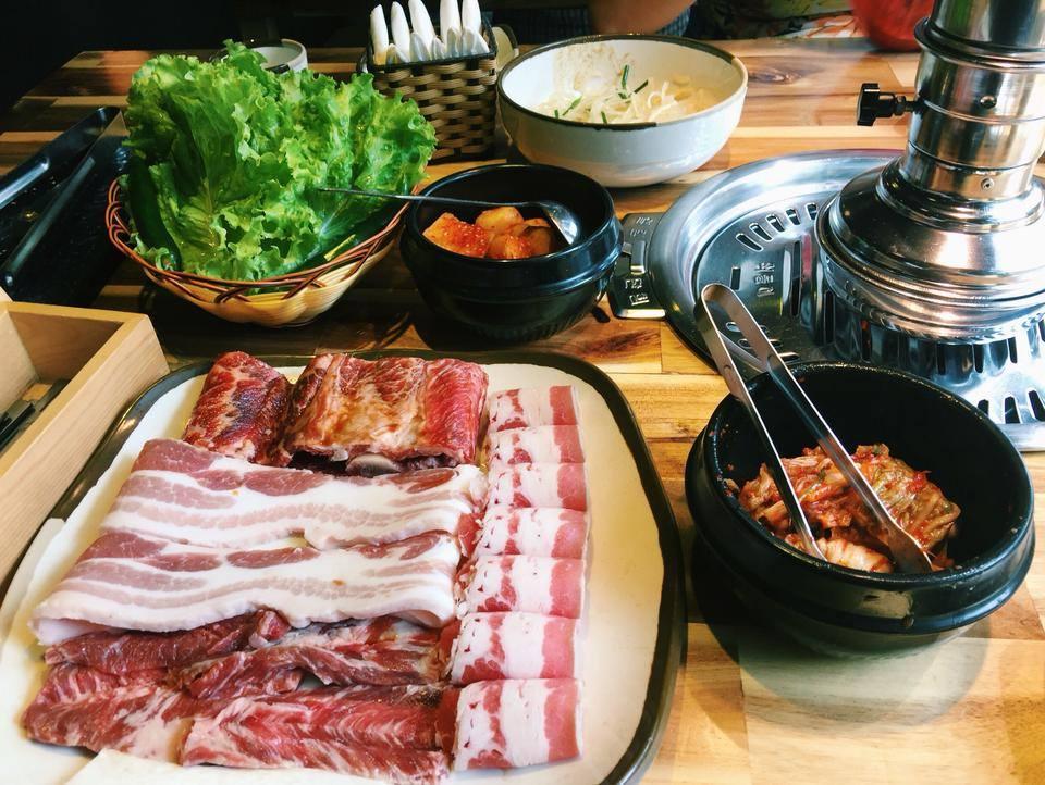 Hướng dẫn cách ăn thịt nướng Hàn Quốc