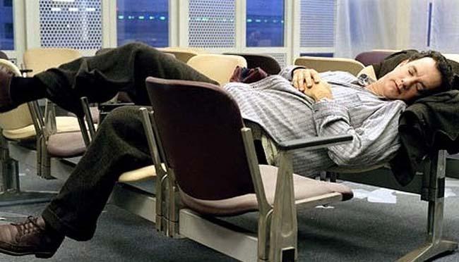 Nghỉ đêm tại sân bay