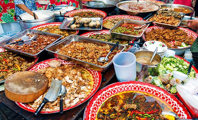 Đến với ChinaTown là du khách đang đến với một trong những thiên đường ẩm thực phong phú, hấp dẫn bậc nhất tại Bangkok