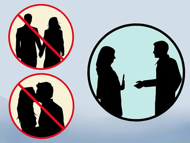 Theo cẩm nang du lịch Dubai bạn không nên thể hiện tình cảm yêu đương nơi công cộng