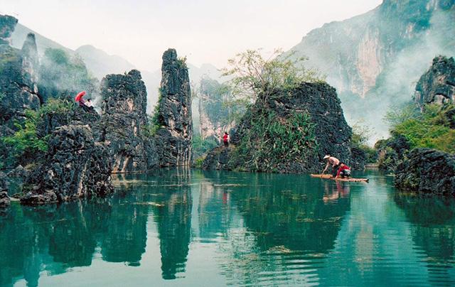 Quý Châu được thiên nhiên ưu đãi cho nhiều danh thắng đẹp tựa chốn bồng lai