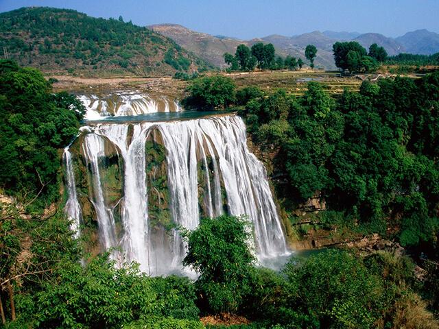 Quý Châu là một trong những điểm tham quan hấp dẫn hàng đầu tại Trung Quốc