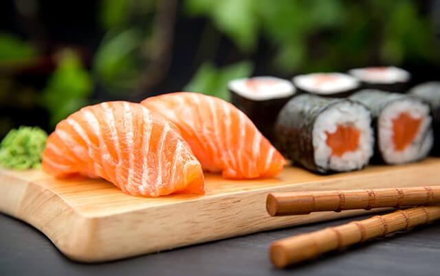 Du lịch Nhật Bản nhất định phải ăn sushi