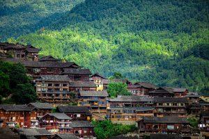 Thời gian lí tưởng nhất để du lịch Quý Châu Trung Quốc là mùa xuân và mùa thu