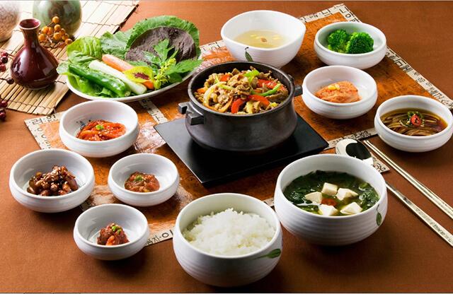 Đi tour du lịch Hàn Quốc tết 2019 không thể bỏ qua những món ăn truyền thống của người địa phương