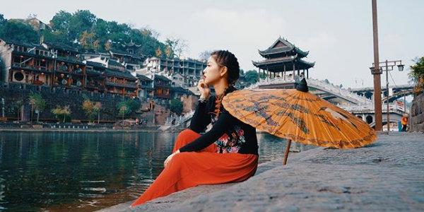 Đi du lịch Phượng Hoàng cổ trấn tháng 8 có đẹp không?