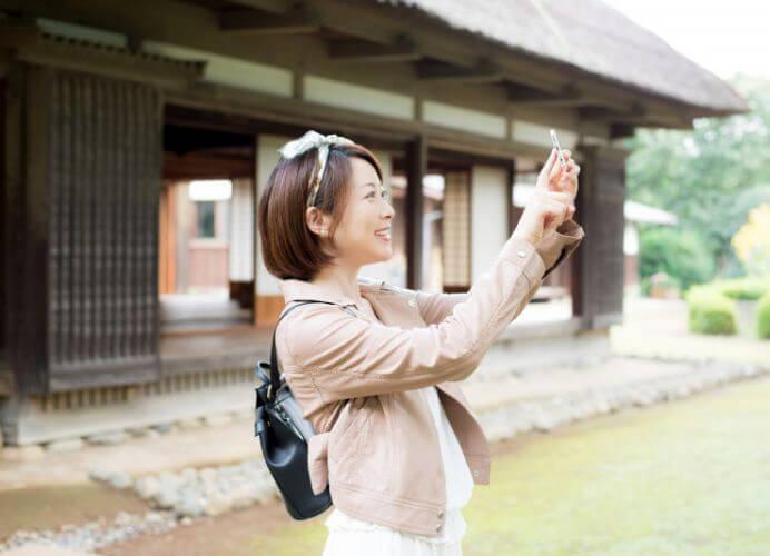 Du khách cần ăn mặc lịch sự, kín đáo khi viếng thăm chùa chiền tạo Nhật