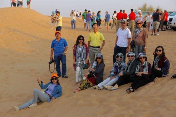 Trang phục nên mặc khi khám phá sa mạc Dubai