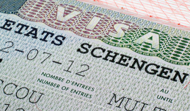 Chi phí làm Visa Châu Âu