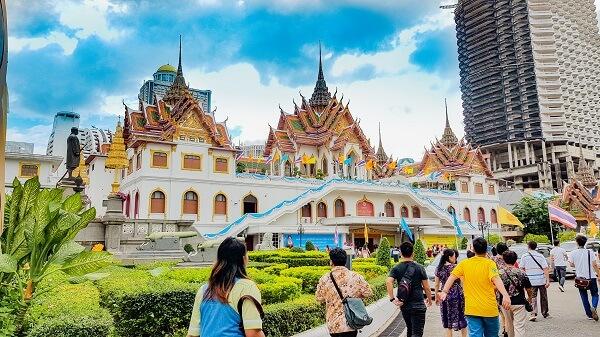 Chia sẻ một vài kinh nghiệm du lịch Thái Lan theo tour trọn gói