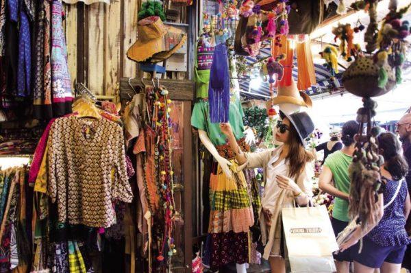 Quần áo, trang sức ở Thái Lan