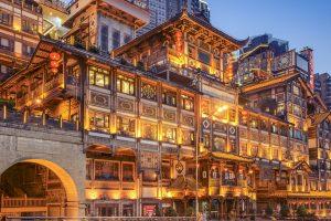 Du lịch Phượng Hoàng cổ trấn thăm quan Trùng Khánh bạn đã thử chưa?