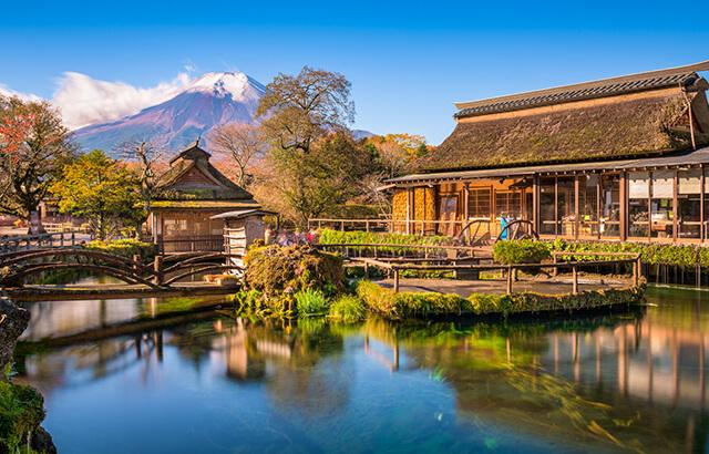 Khung cảnh thơ mộng như truyện cổ tích của làng cổ Oshino Hakkai